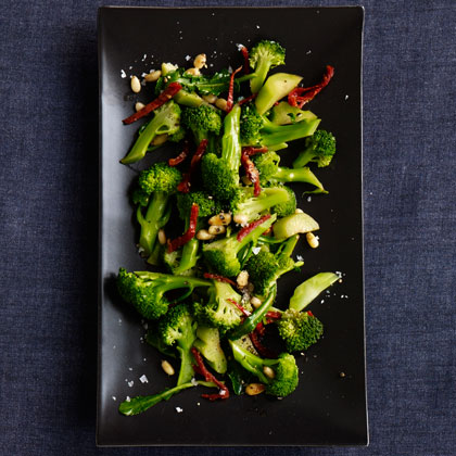 Broccoli with Sun-Dried Tomatoes and Pine Nuts Recipe