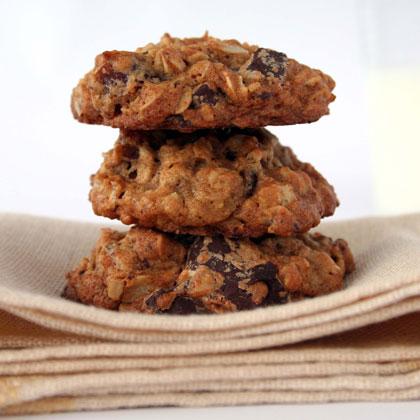oatmeal-date-chocolate-cookies Recipe