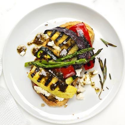 open-face-vegetable-sandwich Recipe
