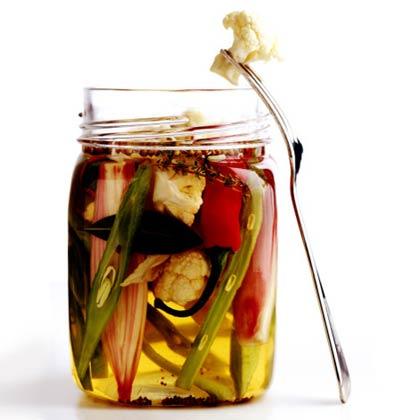 Quick Refrigerator Pickles Recipe
