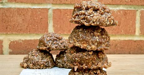 no bake chocolate cookies 462x242 Recipe Makover: No Bake Chocolate Oatmeal Cookies