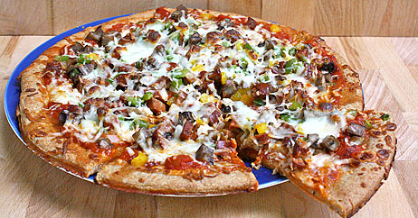 chicken sausage pepper mushroom pizza 462x242 Recipe Makeover: Whole Grain Chicken Sausage, Pepper, and Mushroom Pizza