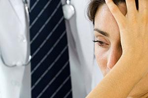 doctor-headache-pain