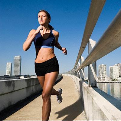 woman-running-knees