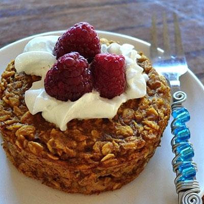 vegan oatmeal cakes 400x400 Favorite Pins of the Week: Great Breakfast Recipes