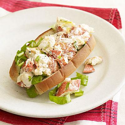 lemon-tarragon-lobster-roll-xl
