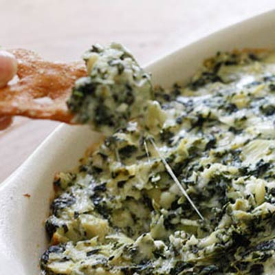 spinach artichoke dip 400x400 Favorite Pins of the Week: Healthy Party Dips