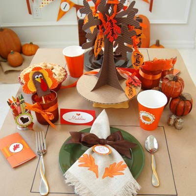 holiday kids table 400x400 Favorite Pins of the Week: Fun Thanksgiving Ideas