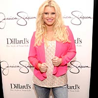 skinny jessica simpson 200x200 The Brutal Diet Plan That Helped Jessica Simpson Lose 60 Pounds