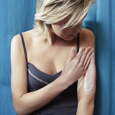 moisturize-skin-winter