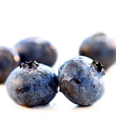 heart-blueberries