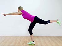 standing-knee-tuck
