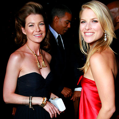http://img2.timeinc.net/instyle/images/2007/emmys/091707_larter_400X400.jpg