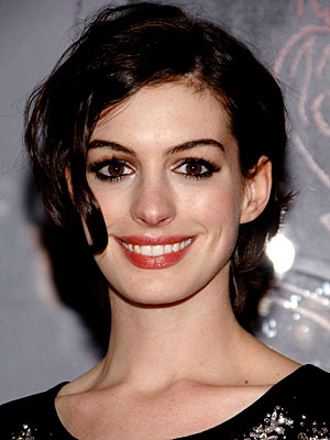 New Anne Hathaway Hairstyle