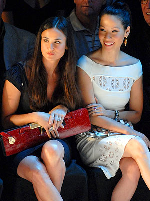 "Photo of Demi Moore & her friend actress  Lucy Liu - Movie ""Charlie"