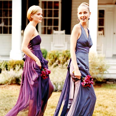 Purple Bridesmaid Dress on This Is A Very  Different  Bouquet But It Shows How Well The Colors