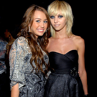 Miley Cyrus Fashion Designer on Miley Cyrus And Taylor Momsen   Stars At Fashion Rocks   Fashion Week