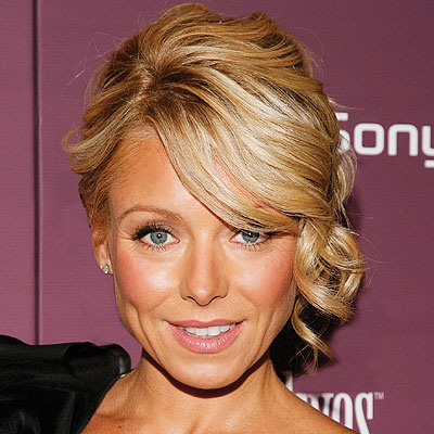 Kelly Ripa - Star Hairstyles from A to L - Get Hollywood Hair - Hair
