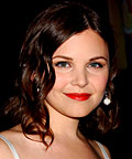 Ginnifer Goodwin, MAC Strobe Liquid, tinted moisturizer, face