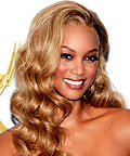 Tyra Banks, Ken Paves Hair Do Wavy Extensions in Ginger Blonde, hair extensions, hair color