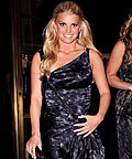 Jessica Simpson, Rimmel Lycra Wear 10 + Minerals, nail care
