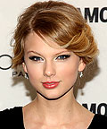 Taylor Swift, smooth skin