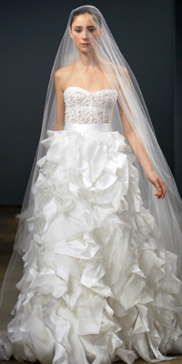 FashionDesigners - Bridal Gown Collections - Fall 2009 Bridal Photos at InStyle.com :  photos unusual gown chic