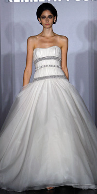 FashionDesigners - Bridal Gown Collections - Fall 2009 Bridal Photos at InStyle.com :  chic instyle designers gold