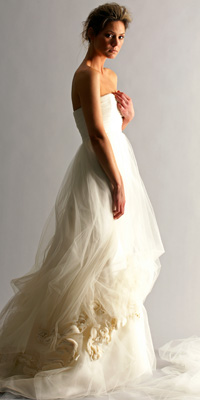 FashionDesigners - Bridal Gown Collections - Spring 2009 Bridal Photos at InStyle.com :  chic silver designers gold