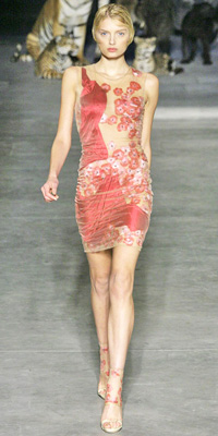 Alexander McQueen - Runway Photos - Spring 2009 Runway at InStyle.com :  mini dress short cream