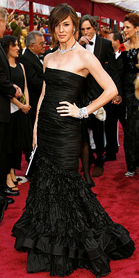 Jennifer Garner in Oscar de la Renta and Van Cleef and Arpels, 2008 Academy Awards, Oscars, Red carpet arrivals