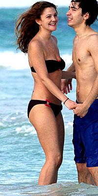 Drew Barrymore, bikini, Kathy Kaehler, star bikinis, fitness