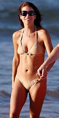 Kate Walsh, Dolce & Gabbana, bikini, Debra Jaliman, star bikinis, fitness