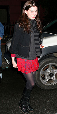 Anne Hathaway | Feb 23, 2008 - Look of the Day | Photo Gallery - Celebrities - In Style