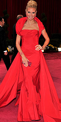 Heidi Klum - Red Dresses - Oscars 2008 Fashion Trends - Oscars 2008 - Celebrities - In Style :  heidi klum oscars red carpet red dress