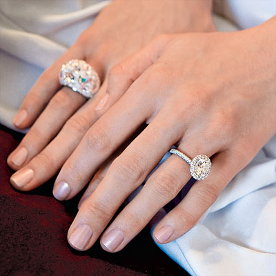The Game actress Tia Mowry pairs her 15carat round diamond engagement ring