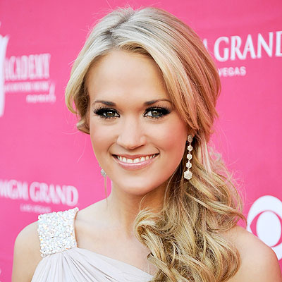 CARRIE UNDERWOOD ENGAGED Frazer Harrison ACM2009 Getty