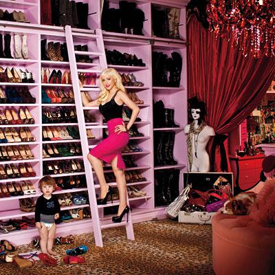 Christina Aguilera - Closet
