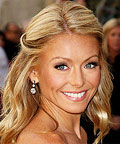 Kelly Ripa - Subtle Summery Highlights - Hair Tip