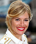 Sienna Miller - Stay-Put Red Lips - Makeup Tip