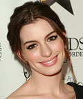 Anne Hathaway-Makeup-Friends Without Borders