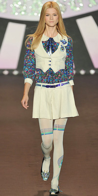 Anna Sui - Runway Photos - Spring 2010 Runway at InStyle.com