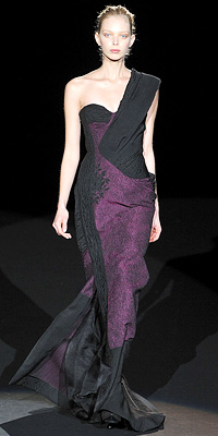 Fashion Designers - Runway Photos - Fall 2009 Runway at InStyle.com :  fall 2009 runway celebrities collection gown