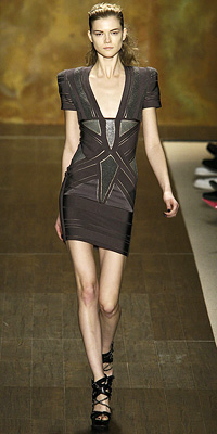 Fashion Designers Runway Photos Fall 2009 Runway at InStyle com from fashiondesigners.instyle.com