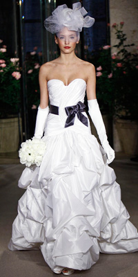 Oscar de la Renta - Bridal Gown Collections - Spring 2010 Bridal Photos at InStyle.com