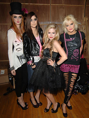 avril lavigne fashion style. Avril Lavigne - NY Fashion