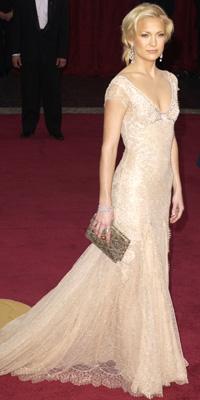 # 1 Kate Hudson v roce Versace, 2003