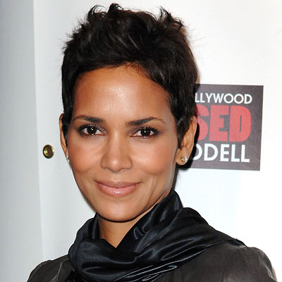 pics of halle berry hairstyles. HALLE BERRY SHORT HAIRSTYLES