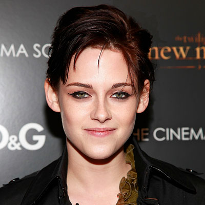 kristen stewart hair color in new moon. kristen stewart new hair 2010.