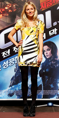 Sienna Miller wearing Diane von Furstenberg